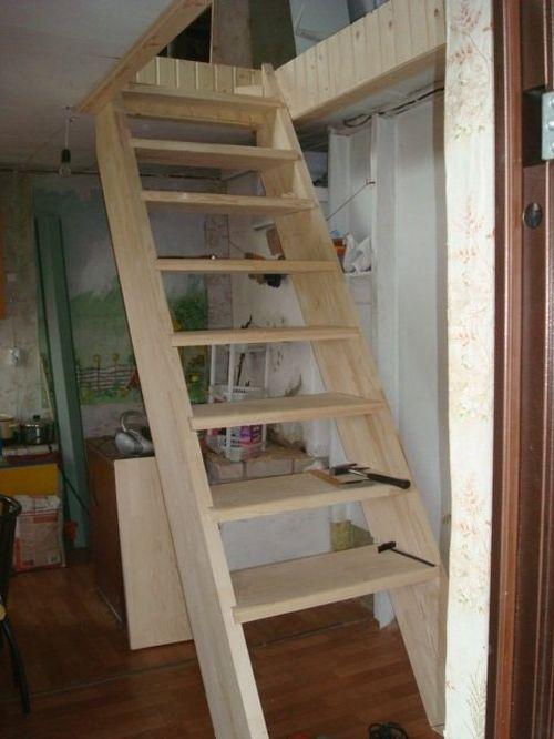 Лестница в маленьком домике своими руками